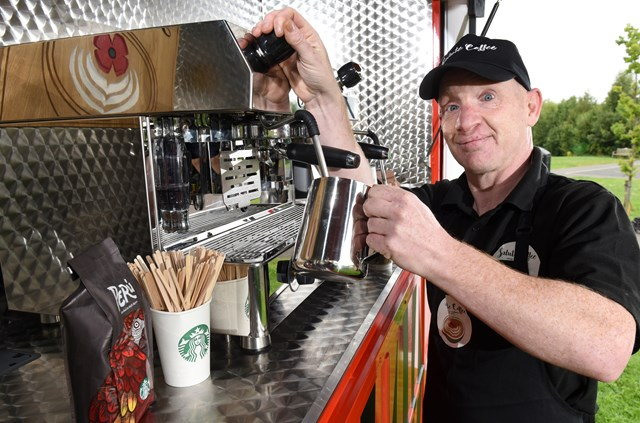 salute-coffee-trucl