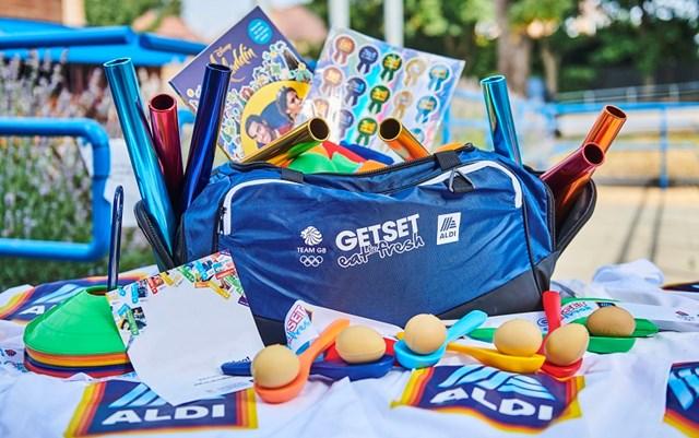 aldi summer kits families